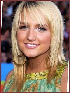 25 stylish medium haircuts for teenage girls elle hairstyles