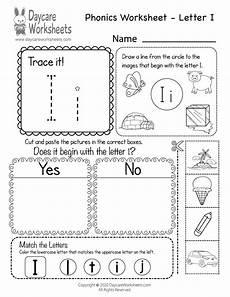 free beginning sounds letter i phonics worksheet for preschool