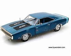 1970 dodge charger r t se top amm980 1 18 scale auto