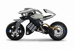 ヤマハ発動機が超�未来型オートバイ MOTOROiD を東京モーターショーで世界初公開  HYPEBEASTJP