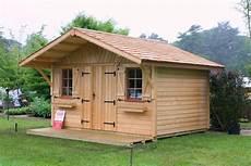 cabane de jardin occasion cabanon de jardin occasion cabanes abri jardin