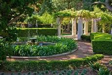 Mediterranen Garten Gestalten - 15 refreshing mediterranean landscape designs for a