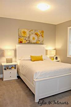 home staging ideas for the bedroom with yellow accents and gray paint colour sherwin williams