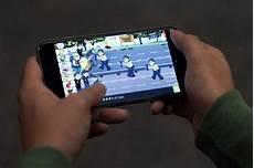 mobile phone gaming mobile gaming prepares to overtake traditional