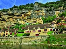 hotel la roque gageac hotels and restaurants where to stay and eat in the dordogne valley