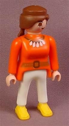 playmobil jungle safari explorer figure with