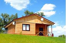 Ein Holzhaus Bauen Die Vor Und Nachteile Bauunternehmen24