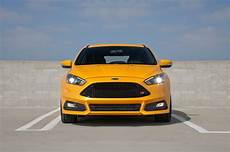Ford Focus St 2015 Probleme - 2015 ford focus st test motor trend