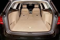 Volk Wagon Volkswagen Passat Kofferraum Masse