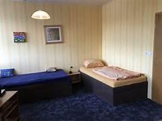 Schlafen Im Wohnzimmer - ferienwohnung unterkunft stolberg stolberg rheinland