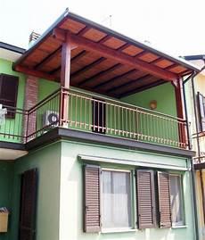 tettoia balcone porticato in legno porticati con colonne su misura e