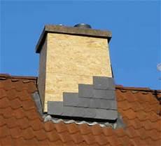 Schornsteinkopf Mit Schieferplatten Verkleiden