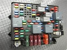 99 silverado fuse box 99 00 01 02 chevy silverado tahoe suburban gmc c k fuse box w fuses and relays ebay