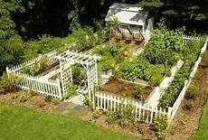 bauerngarten anlegen plan exle of picket fence around garden with shed small
