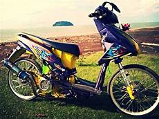 Beat Karbu Modif Simple by Modifikasi Motor Honda Beat Racing Modif Kontes