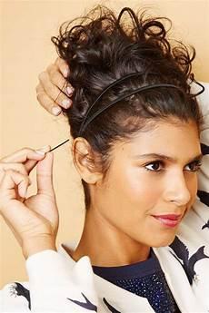 Naturlocken Frisuren Zum Nachmachen - haarstr 228 nchen mit haarklemmen fixieren salon de bellesa