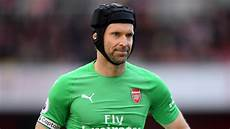 petr cech has announced he will retire at the end of the season