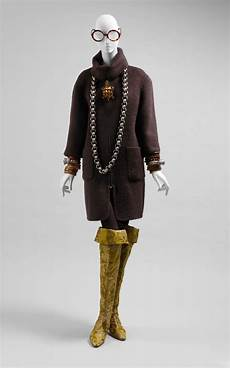 Rara Avis Exhibition Search Iris Apfel Fashion