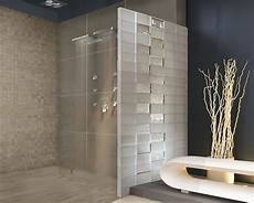 glasbausteine als duschwand werten das bad auf