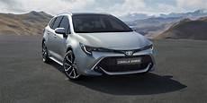 Das Ist Der Neue Toyota Corolla Kombi 2019 Fotos Und