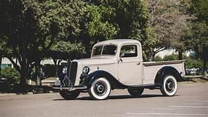 1937 Ford V8 Deluxe Pickup 77 830