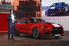 ford gt 500 ford debuts 700 horsepower mustang shelby gt500