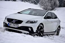 Volvo V40 Cross Country Backgrounds volvo v40 cross country 54 prices features wallpapers