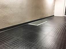 garagenboden beschichten erfahrungen garage pvc boden floorwork floorwork eu