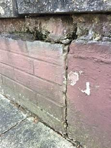 Aussenmauer Sanieren Sanierung Feuchtigkeit Mauer