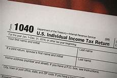 government shutdown 2019 how tax returns and refunds will work vox