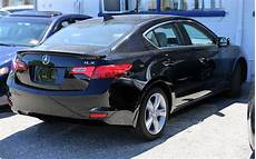 file 2013 acura ilx rear view jpg wikimedia commons