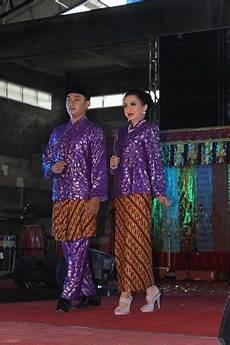 7 pakaian adat kalimantan timur tradisikita indonesia