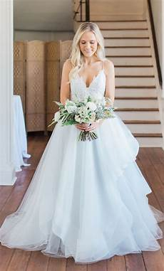 Pre Owned Wedding Gown