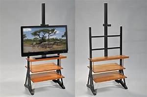 Meuble Tv Original : meuble tv original meuble tv pin massif maisonjoffrois ~ Teatrodelosmanantiales.com Idées de Décoration