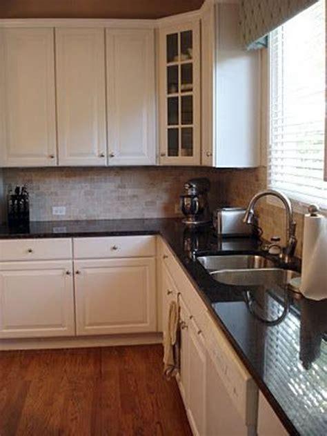 dark cabinets light countertops backsplash dark backsplash with light granite florist home and design