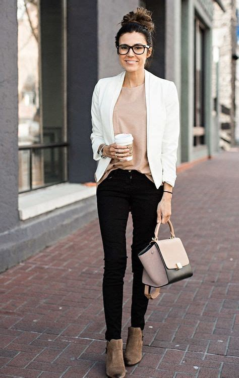 30+ Summer Office Outfit Ideas To Try Now | Work outfits Glass and Woman
