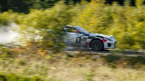 New Jaguar F-type Rally Car Pays Tribute To The Xk120