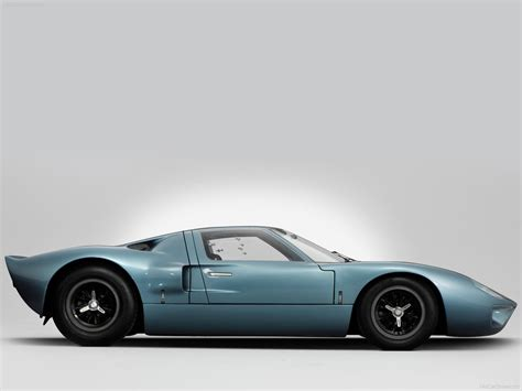Ford Gt40 Height by Ford Gt40 The Car Ford Built With Shelby S Help To Beat