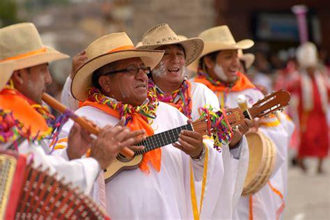 José domingo calisaya mamani hermosa música que llega al alma, música que acaric. Planejando sua viagem: Saiba tudo sobre a cultura do Peru