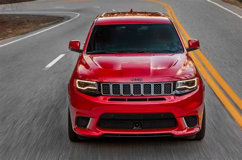 trackhawk jeep cherokee 2018 jeep grand cherokee trackhawk for sale spy shots