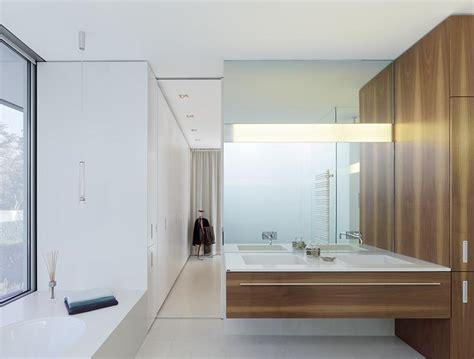 badezimmer mit einbauten bild  schoener wohnen