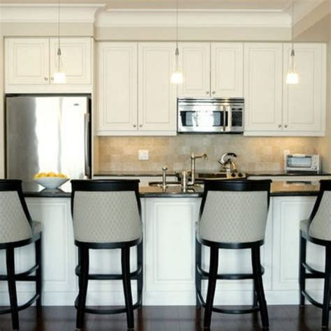 Decorating Ideas For Kitchen Soffits best 25 kitchen soffit ideas on soffit ideas