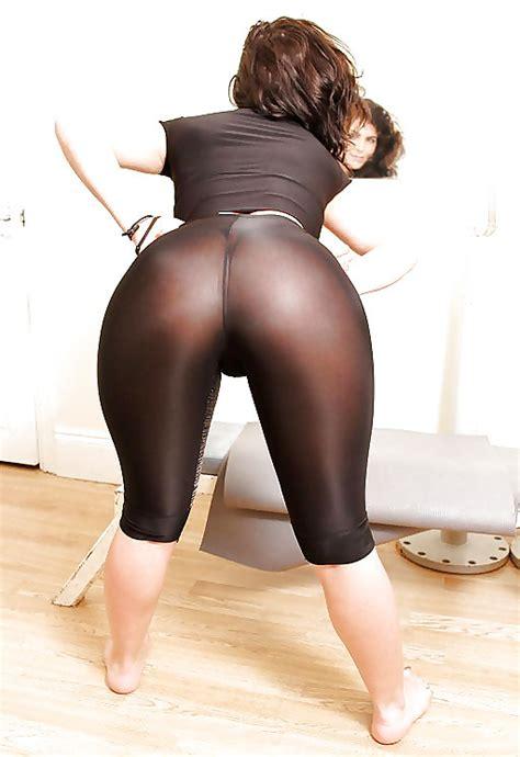 Big Ass Girl In See Through Yoga Pants