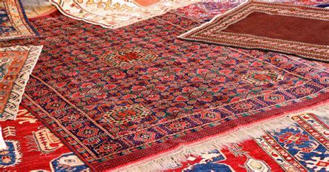 comment nettoyer un tapis d orient comment catawiki d 233 termine la valeur d un tapis d orient catawiki