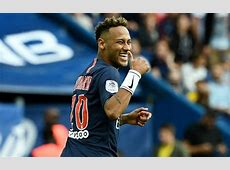 Neymar visits Barcelona and says he's staying in Paris