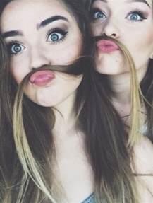Friends Cute Selfie Ideas