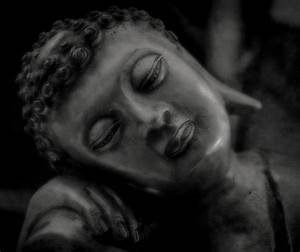 Buddha Bilder Kostenlos : ruhender buddha foto bild emotionen melancholie buddha ruhender stille entspannung ~ Watch28wear.com Haus und Dekorationen