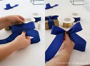 Geschenk Verpacken Schleife : wunderbare lebensart wohnen diy und rezepte schleifen binden tutorial f r sch ne geschenke ~ Orissabook.com Haus und Dekorationen