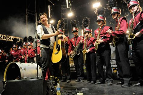 mumford sons cardiff 2018 mumford and sons play potential second album material at