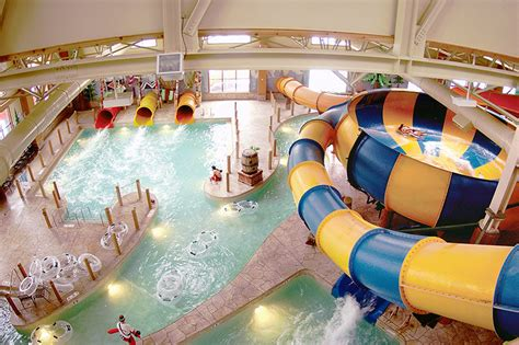 great wolf lodge indoor water park opens garden grove